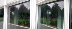 Fensterscheibe zerkratzt